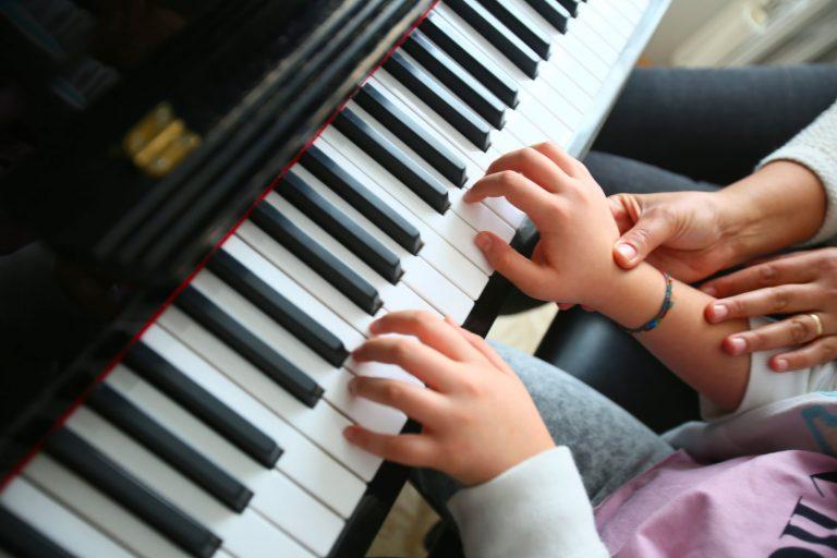 Aprendiendo a tocar el piano